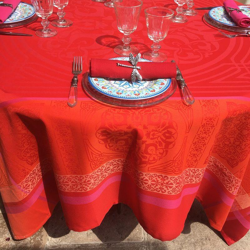 nappe rectangulaire sud etoffe jacquard polyester chamaret rouge et orange laboutiquedelea