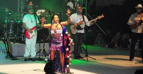 290614 Lila Downs en Concierto de Clausura (146)