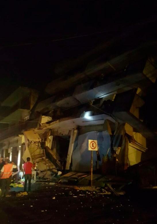 hotel destruido en Matias Romero Avendaño-