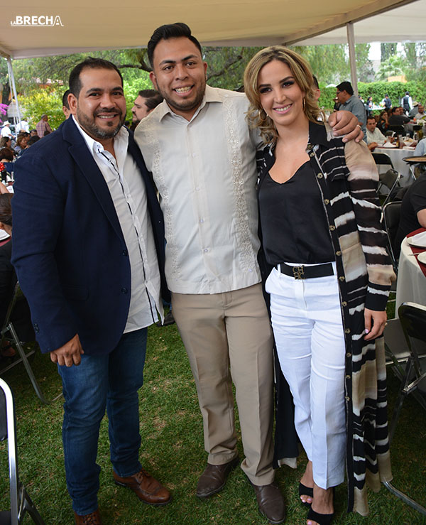 Gabino Morales Celebra 30-amigos-