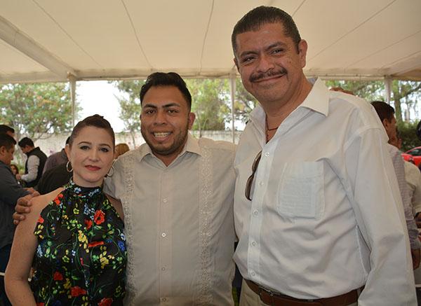 Gabino Morales Celebra 30-amigos-23