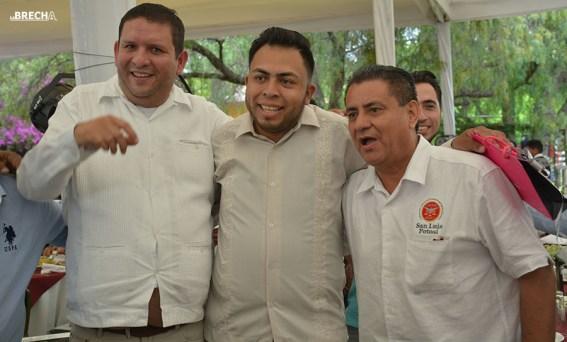 Gabino Morales Celebra 30-amigos-30