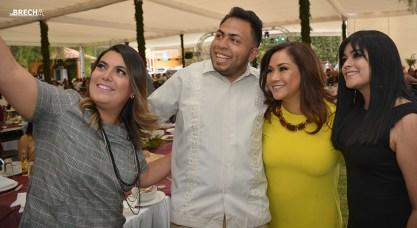 Gabino Morales Celebra 30-amigos-sonia mendoza-paola arreola