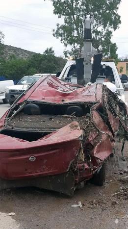 relampago-tromba-tormenta V de Zaragoza-coche-