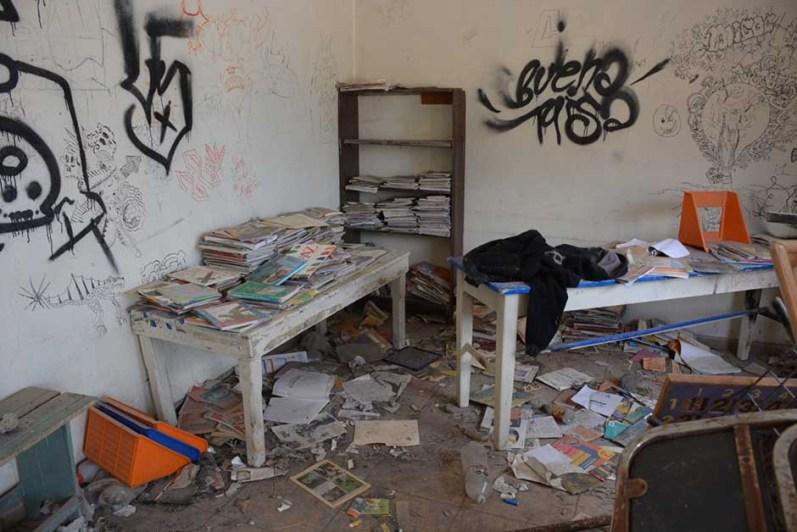Escuelas vandalizadas-3