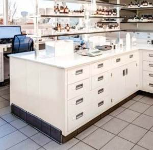 Lab Bench and Wall Laboratory Shelving Systems In-Stock​