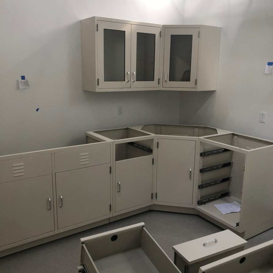lab furniture for oil & gas research
