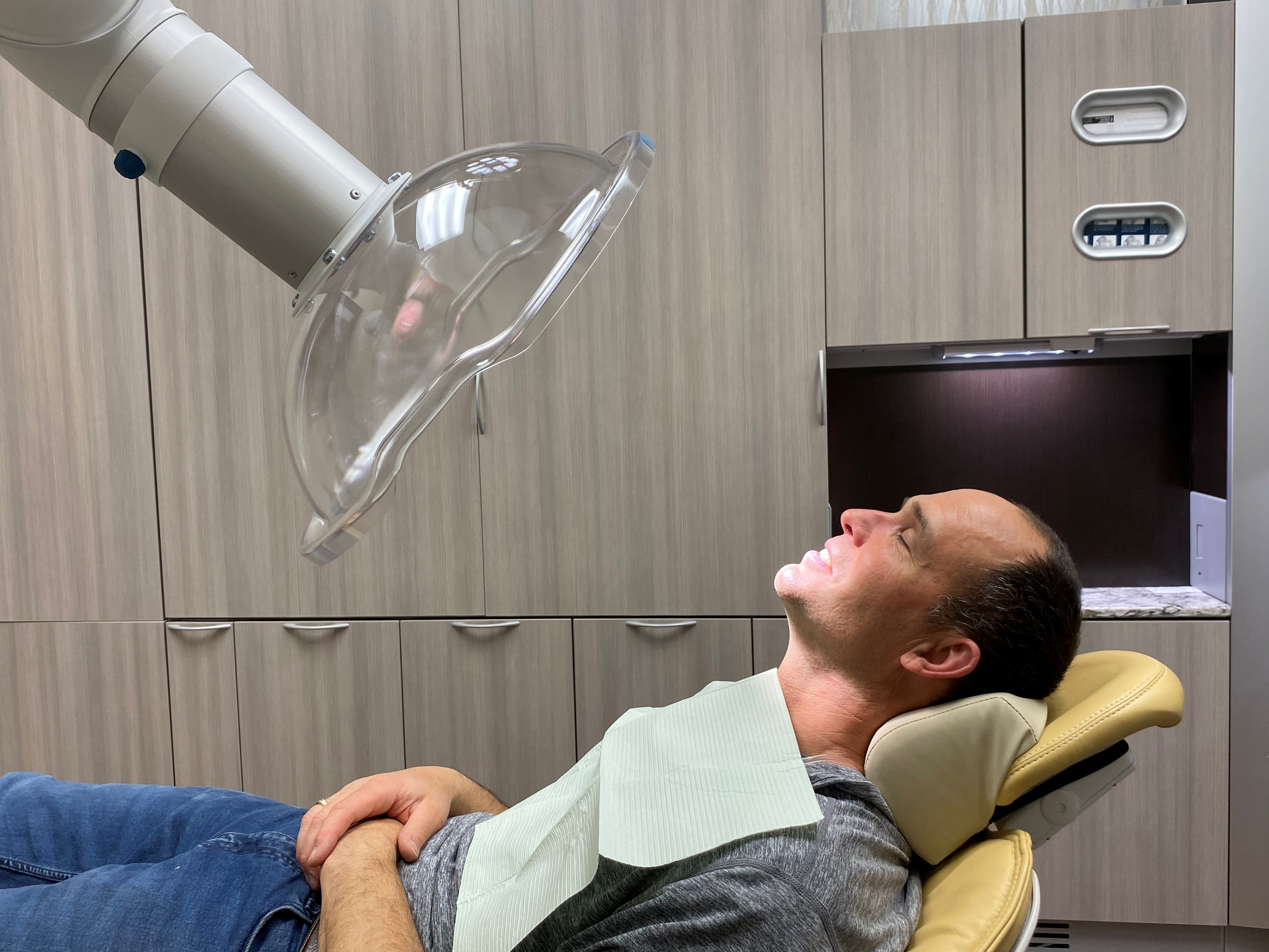 Exhaust snorkel in dentist office for covid-19