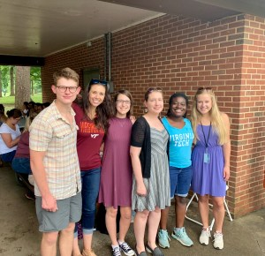 The Farris lab at the FBRI summer picnic in 2019.