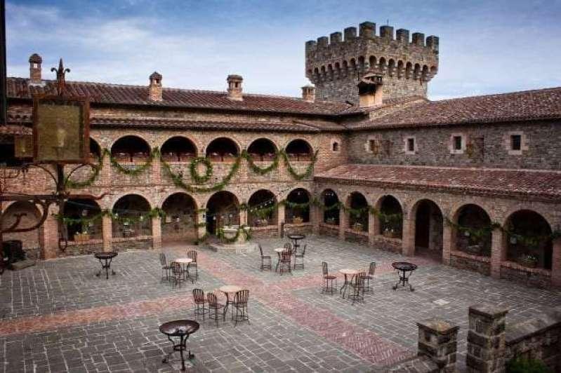 courtyard holiday acochrane