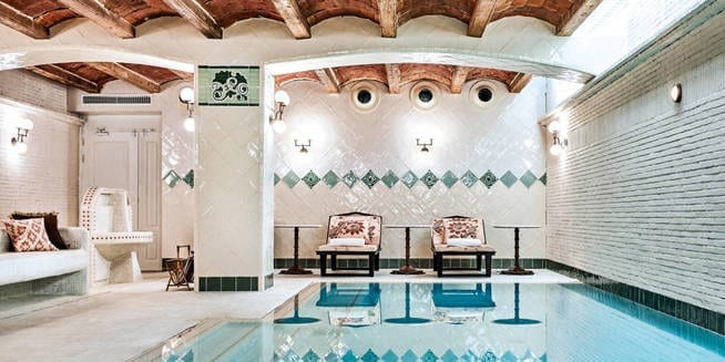 soho-house-barcelona-club-privado-al-estilo-ingles