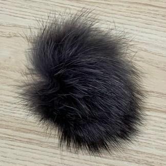 pompon fourrure gris foncé