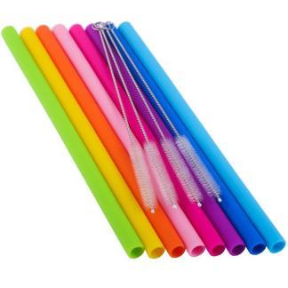 ensemble de 8 pailles en silicone de couleurs variees