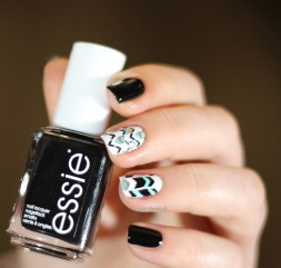 moyou fashionista 05-essie licorice (5)