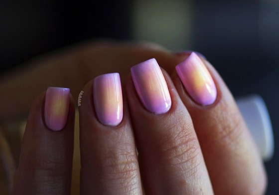 color club pastel neon gradient_14
