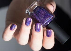 ilnp-ulra holo-walking home_10