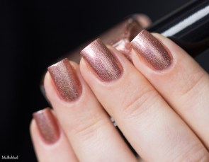 Cirque Colors-sparkled-himalayan pink-in natural light_13 (7)