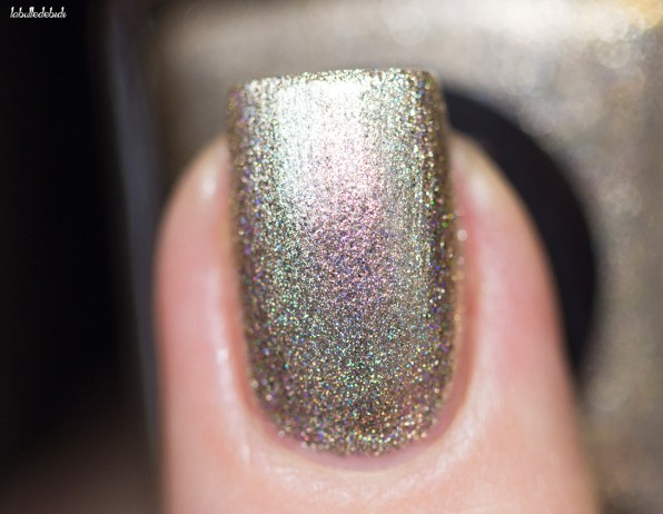 Cirque Colors-sprakled-cin cin-in artificial light_12 (6)