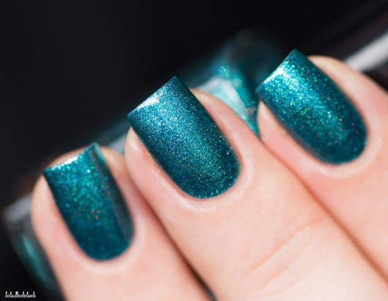 Cirque Colors-sprakled-oasis-in artificial light_7 (4)