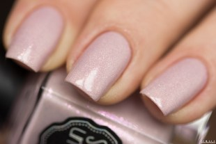 il etait un vernis-tales of love collection-a thousand kisses_9
