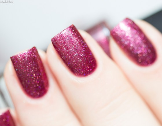 ilnp-new-years-collection-velvet-rope_8
