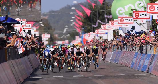 Giro d'Italia 2017 - 100a edizione - Tappa 2 - Olbia -Tortoli' - 211 km ( 131 miglia )