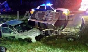 Escena del accidente fatal ocurrido esta madrugada en el Poblado San Antonio de Aguadilla (Foto Rescate Cortés).