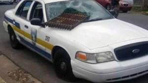 Una de las patrullas vandalizadas durante el motín (Archivo)/