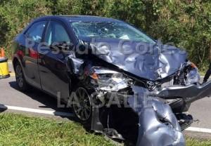 Uno de los vehículos involucrados en el accidente fatal ocurrido en el barrio Aguacate de Aguadilla (Foto Rescate Cortés).