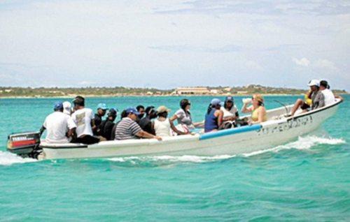 Los viajes de indocumentados cubanos a Mona, prácticamente son semanales (Archivo).