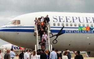 """El avión bautizado como """"Guillito 1"""" en uno de sus vuelos entre España y Aguadilla. Haga """"click"""" sobre la imagen para ampliarla (Archivo)."""