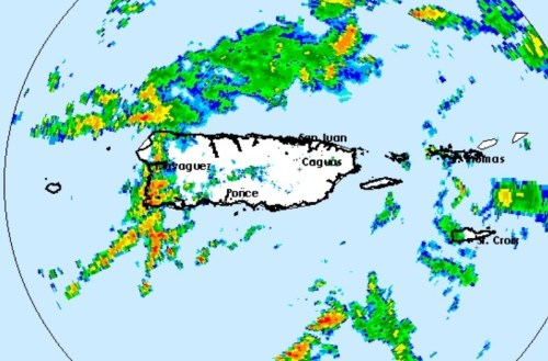 A las 11:20 de la mañana del martes, el radar Doppler mostraba fuertes lluvias sobre toda la región Oeste de Puerto Rico (Fuente NWS).