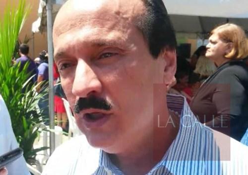 JGR controversia recogido basura Mayaguez 04-21-17 wm