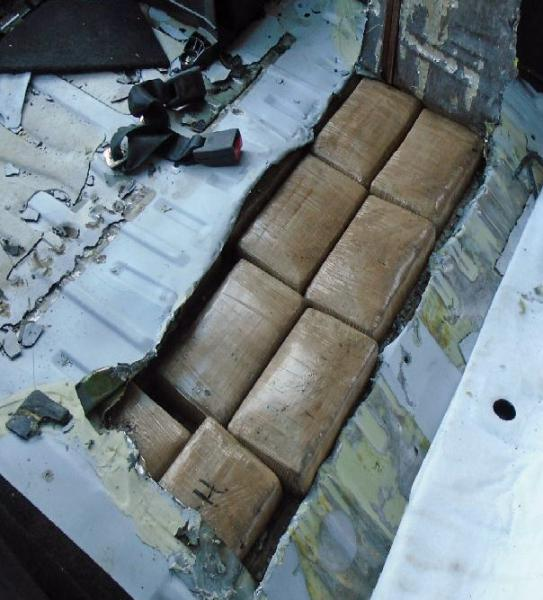 Nogales_-_CBP_Seizes_More_Than_$1_Million_in_Meth_and_Cocaine_(30702058460)