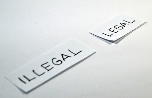 legal-1143115_960_720