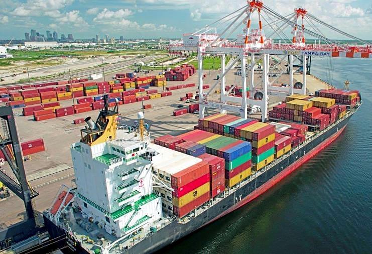 El déficit comercial subió en agosto a su cifra más alta en 14 años