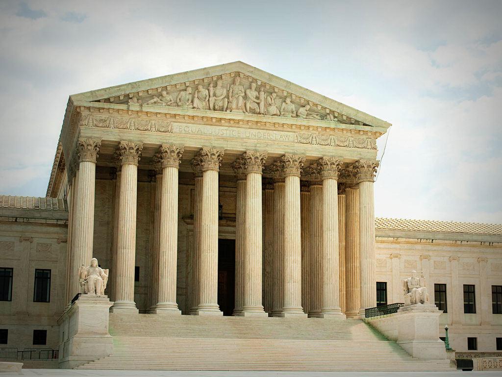 Tribunal Supremo decidirá sobre el muro de Trump y política de asilo
