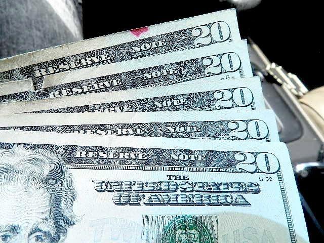 ¿Sabe si hay dinero sin reclamar a su nombre?