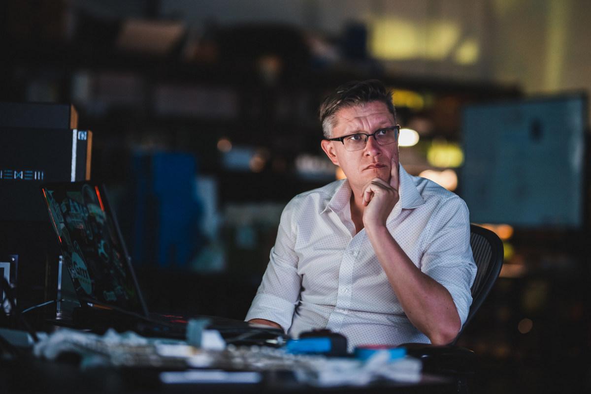 WENEW, nueva empresa NFT cofundada por el famoso artista digital Beeple