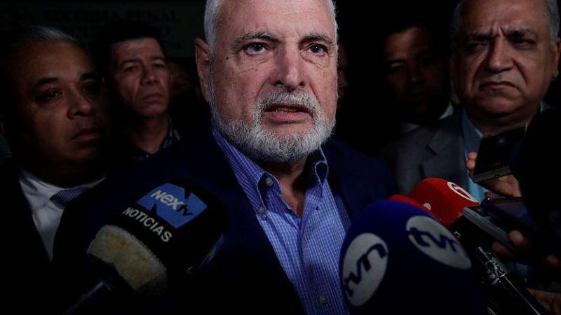 Martinelli al banquillo en un nuevo juicio por espionaje político en Panamá