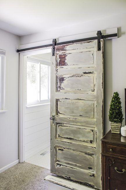 10 DIY para reciclar puertas antiguas de madera  La cartera rota