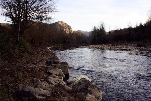 Las Caldas de Oviedo - Entorno Rural en Asturias - La Casa Azul de Las Caldas