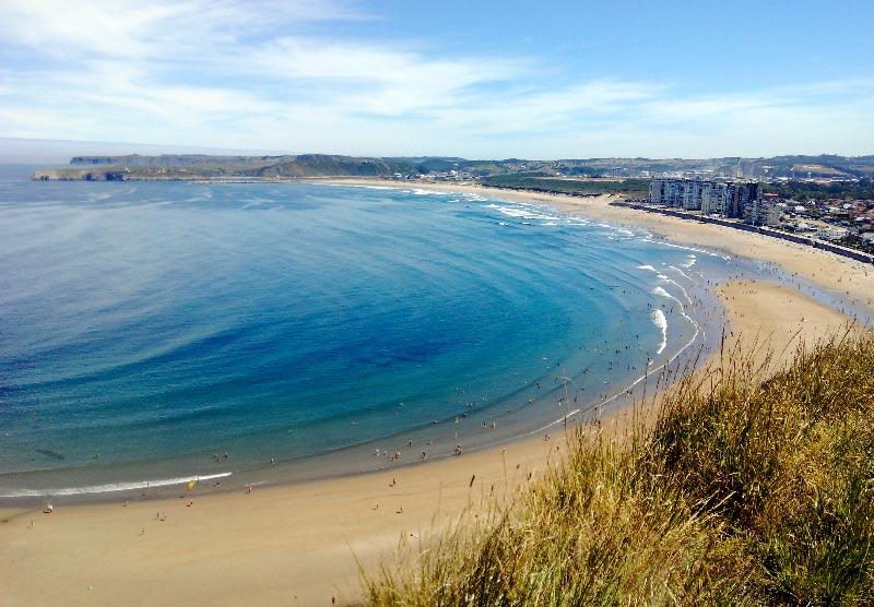 Playa de Salinas desde Las Caldas - Mejores Playas de Asturias