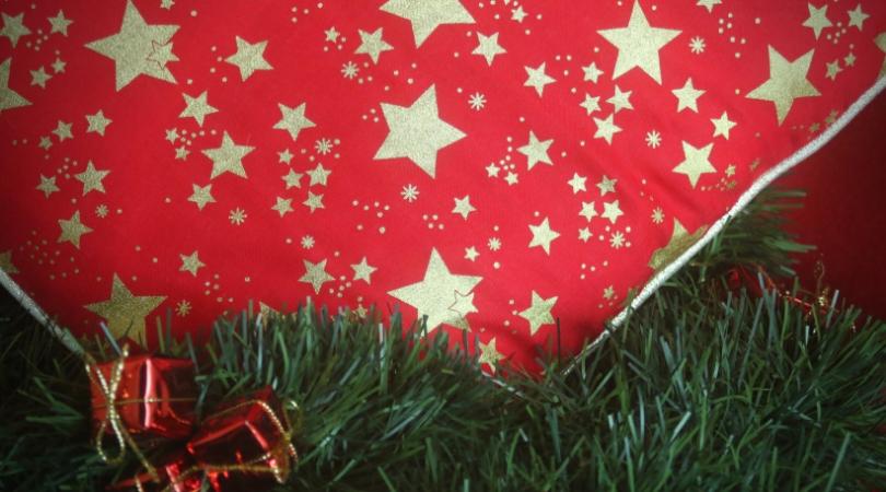 Easy Pillow Cover For Christmas A Diy By La Casa Cactus