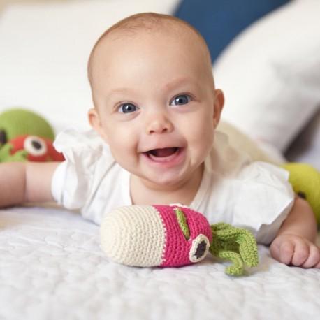 gigi-le-radis-hochet-pour-bebe-en-coton-bio Myum