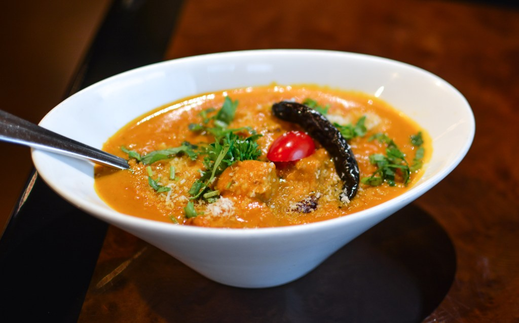 A guide to Indian food with Delhi6 Frederick - @lacegraceblog1