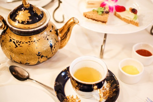 http://laceandlocks.com/blog/wp-content/uploads/2014/01/lace-and-locks-los-angeles-afternoon-tea-foodie-blog-08.jpg
