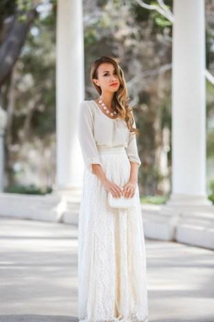 fashion blogger, petite fashion blog, fashionista, lace and locks, los angeles fashion blogger, urban outfitters maxi skirt, maxi skirt, lace maxi skirt, spring fashion, summer fashion, affordable fashion,streetstyle