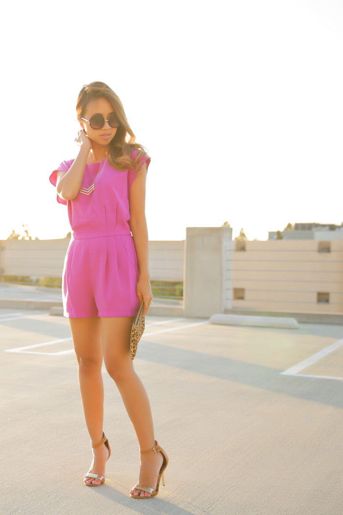 fashion blogger, petite fashion blog, fashionista, lace and locks, los angeles fashion blogger, fuschia romper, shopbop romper, leopard clutch, streetstyle