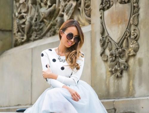 fashion blogger, petite fashion blog, lace and locks, los angeles fashion blogger, morning lavender, chicwish, grey tulle skirt, nyc fashion, bow heels